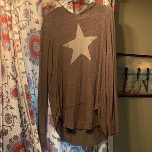 XL green star hoody